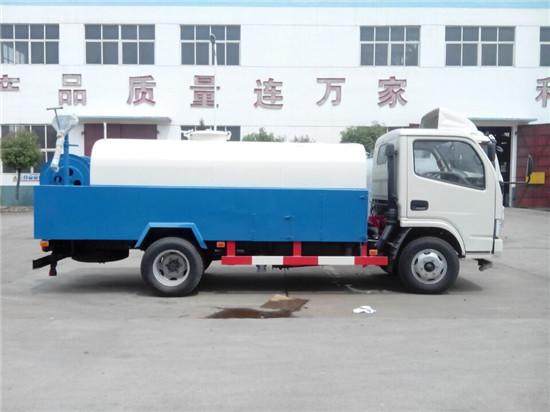 东风多利卡4吨高压清洗车