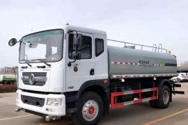 国六东风多利卡15吨洒水车